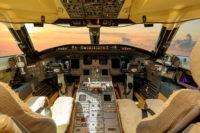 CL 850 8068 cockpit